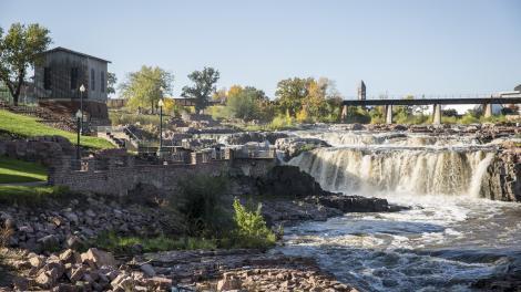 sioux falls south dakota midwestern usa city escape